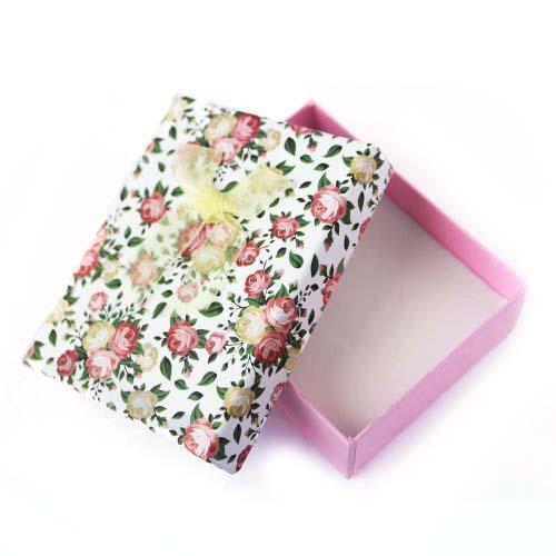 Коробочка подарочная для украшений. Цвет розовый и белый. Артикул: КА-2