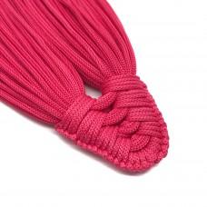Плетеная кисть из нейлонового шнура. Цвет: ярко-розовый. Артикул: 1.